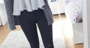 Teenager-Outfit-Ideen für schulrissene Jeans Converse Sneakers Sweater
