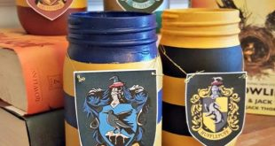 Harry Potter Painted Mason Jar Pencil Holders